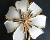 Vintage Brooch Circa 1940s Large White Flower with Gold Highlights