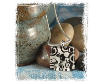 Necklace - Black and White Circles Glass Tile
