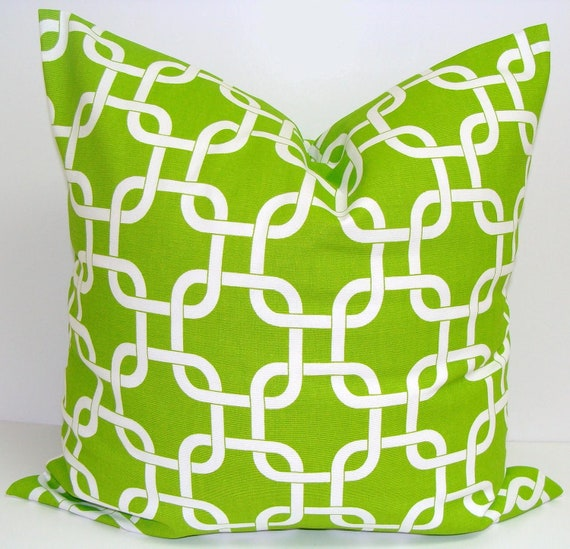 Small Green Decorative Pillow : Items similar to GREEN PILLOW.14x14 inch.Pillow. Pillow Cover.Decorative Pillow Cover.Housewares ...