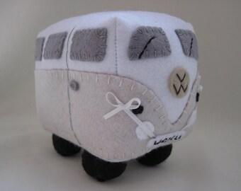 Personalized Wedding Gift, VW Wedding Campervan, VW Campervan Toy, Collectible VW Van, Made to Order