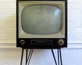 1950s RCA Television on Hairpin Legs