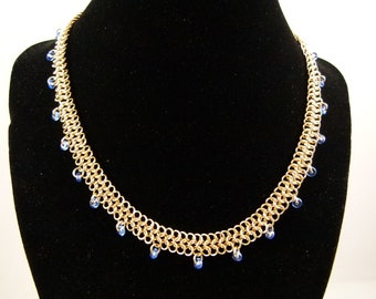 Chainmaille necklace - 14k gold filled necklace - Chainmaille and blue beads