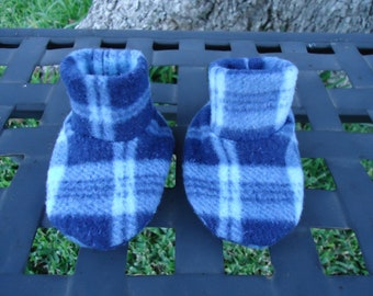 Newborn Baby Booties Adorable Blue Plaid Size 0-3 months Shoes
