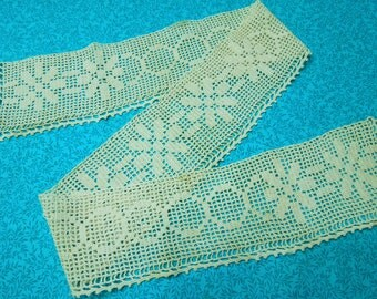 Vintage Ivory hand crochet lace trim for crafts, supplies, costume design, altered couture, edging by MarlenesAttic