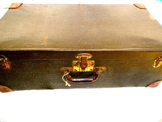 Luggage Vintage Suitcase 1940s Great Display or Storage