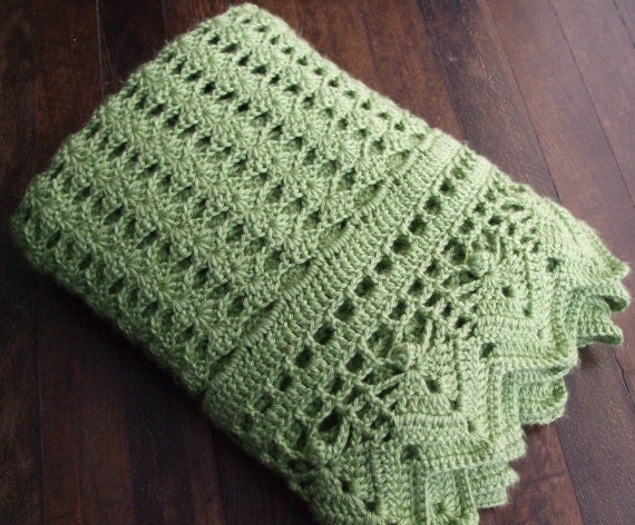 Green Crochet Afghan Pattern : Shell Afghan in Green Crocheted Throw Blanket
