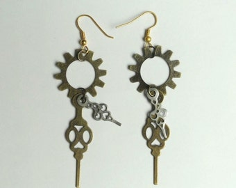 Steampunk Dangle Earrings - Gear Earrings with Clock Hands - Steampunk Jewelry - Watch Earrings - Gear Jewelry - Clock hand Earrings