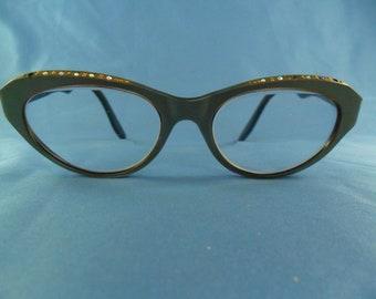 1950's Vintage Eyeglasses Cat eye shape rhinestones with pearl Frames