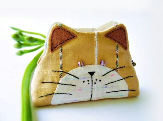 Cat purse / Cat zipper purse / Cat coin purse / Hand embroidery / Gift bag, Purse, Small bag zippered