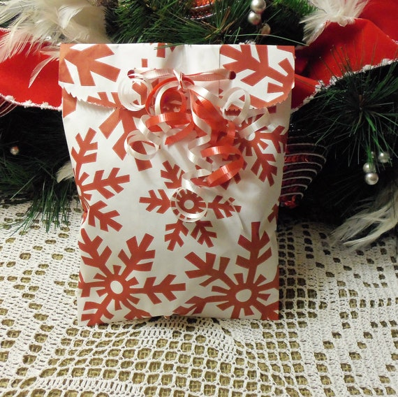 SALE - LAST SET of 35 Christmas Snowflake Holiday 6x9 Paper Merchandise Bags, Holiday Wrapping, Gifts, Favors, Etc.
