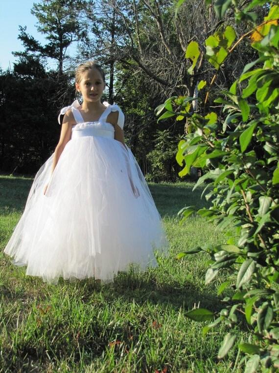 Girls White Flower girl Dress