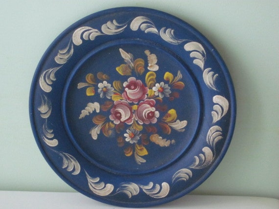 Vintage Hand Painted Round Wood Tray Platter Charger Plate Blue with Pink Flowers Toleware