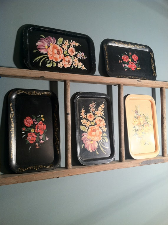 Petite Tolle Flower Trays for your Love Letters or Jewelry Vintage Metal Floral Trays Set of 5