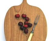 PENDING/ Adonna Vermont Farm Handmade (2) Large Apple Handled Solid Thick CHERRY WOOD Cutting Board Serving, ServingCocktail Parties