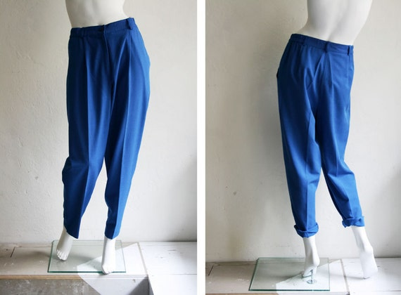 80s High Waisted Chino Yves Klein Blue Trousers M L summer - The Vintage Shop Berlin