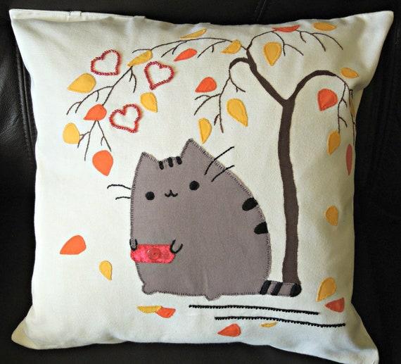 "Cushion cover, Loving Kitty: Handmade decorative cushion, free motion appliqué, appr.17"" / 44cm."