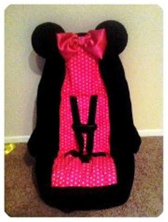 items similar to minnie mouse toddler car seat cover on etsy. Black Bedroom Furniture Sets. Home Design Ideas