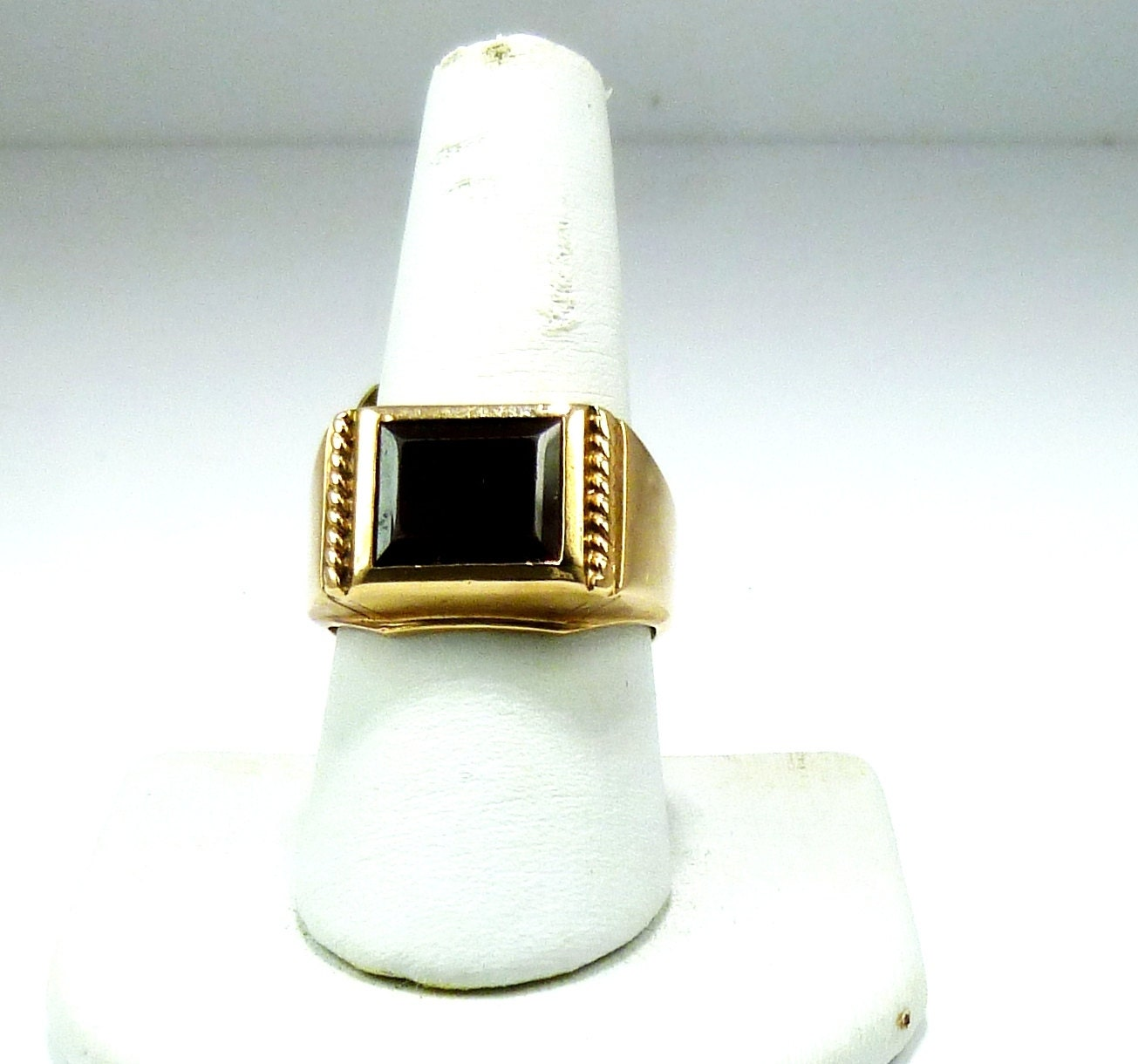 vintage 10k yellow gold garnet mens ring by. Black Bedroom Furniture Sets. Home Design Ideas