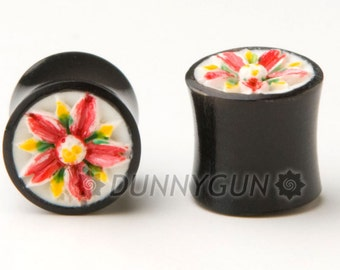 0G Pair Cherry Blossom Hand Painted Carved Bone Horn Gauged Plugs Organic Hand Carved Body Piercing Jewelry 0 gauge