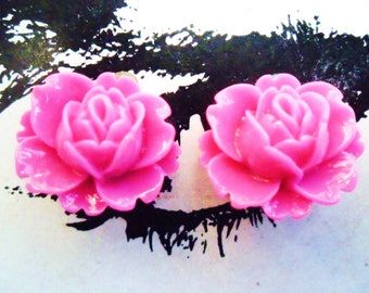 CLIP ON earrings Shocking Pink Fuchsia Vintage Resin Lotus Rose FLOWER clip-ons non-pierced