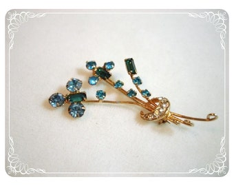 Dainty Blue Bouquet Brooch - Rhinestone Flower Pin   1262ag-012312000