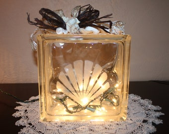 Night Light Seashell Hand Etched Decorated Beach and Ocean Lovers Special Room Lighting Home Decoration