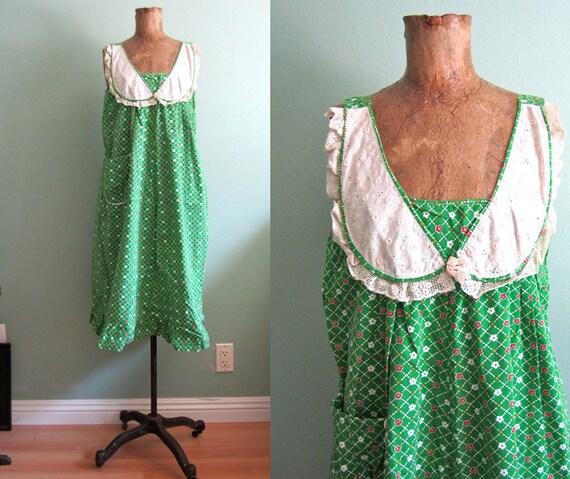 1970s dress/ vintage floral  cotton sundress/ 70s green summer dress S-M