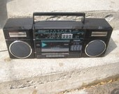 Vintage Toshiba RT-7016 Stereo Boombox Radio AM/FM Cassette Player