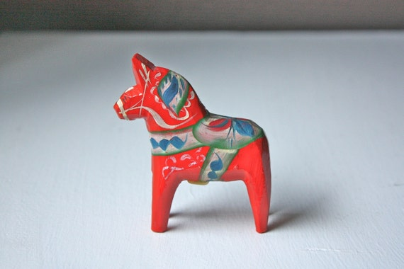 Vintage Collectable Small Red Olsson Dala Scandinavian Swedish Hand Carved Painted Wooden Horse with Original Tag