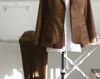 Made to Order: Ladies tailored wool suit jacket and pants.
