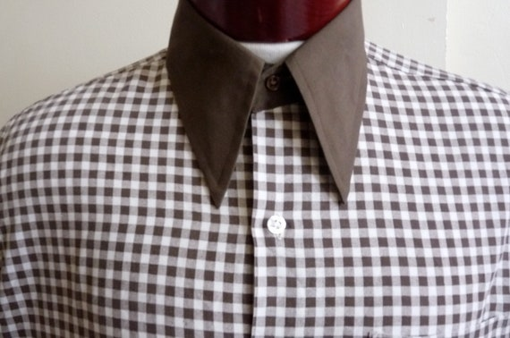vintage 70's/80's Jandy Place by Bardon dark brown contrast spread high collar collar and cuff, check/ gingham dark brown and white pattern,