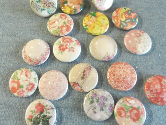 Pretty Shabby Chic round cabochon floral magnets or Thumb Tack, Push Pins
