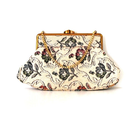 Pretty vintage purse / vintage 1950s bag / vintage tapestry purse / St Michael bag / floral bag