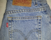 Vintage Levi's Sz 4 Short 550 Relaxed Fit Tapered Leg Light Wash Women's Blue Jeans