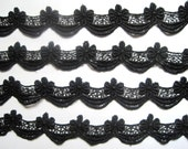 """Victorian Scalloped Venice Lace Trim, Black, 1"""" inch wide, 1 Yard, For Historical Costume, Dolls, Home Decor, Victorian Crafts"""