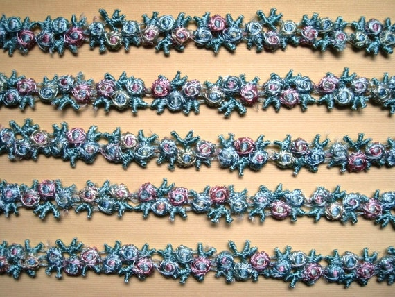 "Venice Lace Galloon Tri-Buds Chain, Pastel / Multi-Color, 5/8"" inch, 1 Yard, For Dolls, Scrapbook, Accessories, Home Decor, Victorian Crafts"