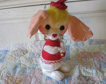 White Mouse with Red Cap and Dress juguetes selectors,s,a stuffed animals :)S