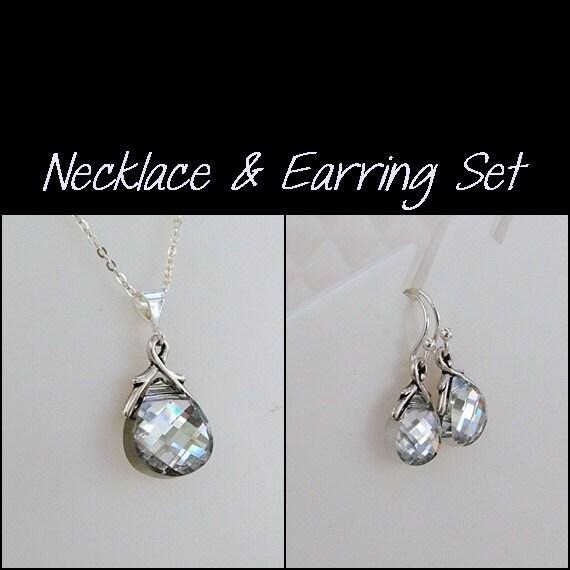 Necklace & Earring Set... Swarovski Crystal... Crystal CAL, Silver... Flat Briolette