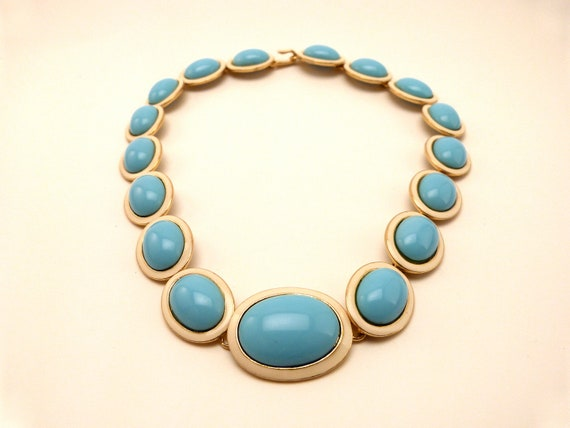 Vintage Necklace Graduated Blue and Cream Enamel Cabochons