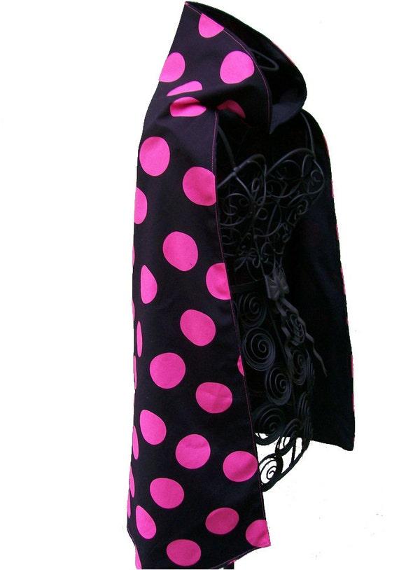 Girl's Dress Up Cape, Hot Pink Polka Dots on Black, Reversible, Super Hero
