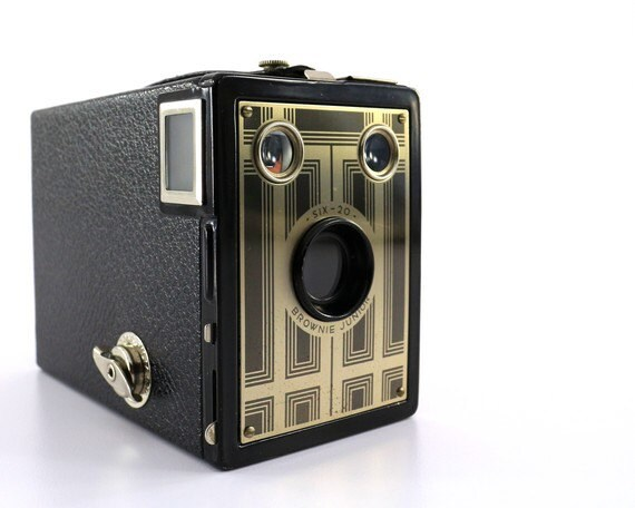 1930's Kodak Brownie Junior Six-20 Camera - Excellent Condition