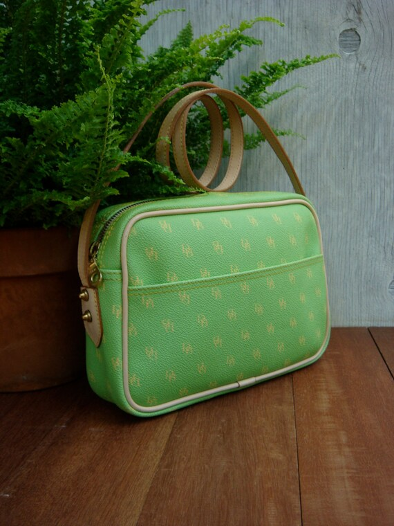 Dooney and Bourke purse in green monogram canvas AUTHENTIC