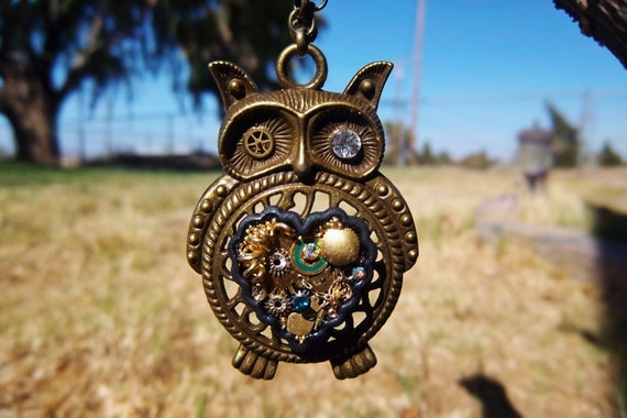Owl Steampunk Necklace (Gold)