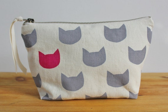 Grey cats fuchsia pouch - screen printed and handmade