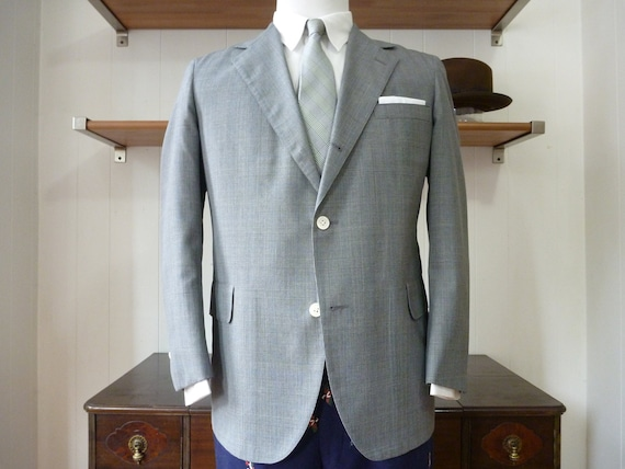BEAUTIFUL Vintage Brooks Brothers Wash 'n' Wear Prince of Wales Gray Plaid Summer Sack Jacket. 41 S. Made in USA.