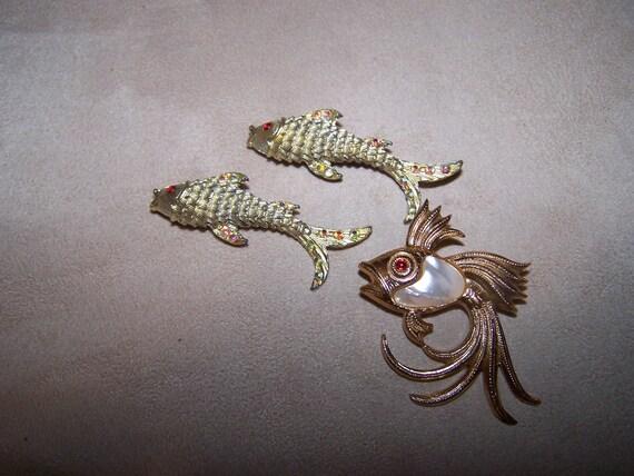 Three fish pins brooch rhinestone fish pins lot of 3