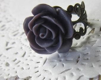 Purple Flower Cameo Ring - Filigree rose Cabochon