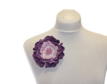 Felted flower brooch / lilac and pink brooch / Felt Jewelry / Wool Flowers / Felted Brooch / Ready to ship