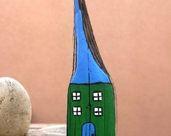 Green & Blue Beach Cottage Driftwood Magnet