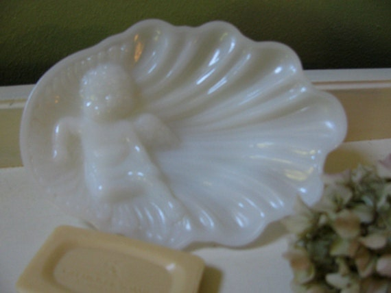 Vintage White Milk Glass Angel Clam Shell Soap Dish